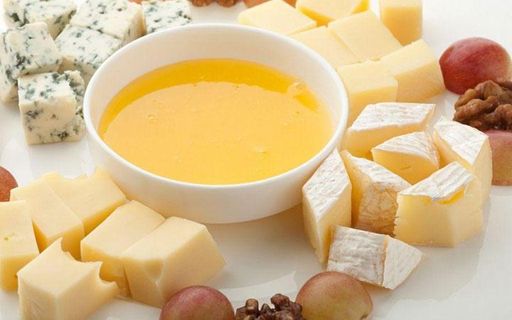Сырное ассорти с медом