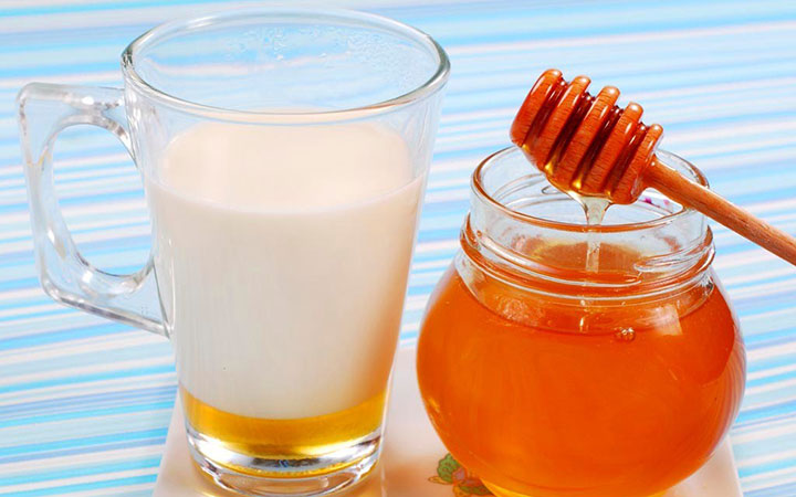 Натуральные молоко и мед
