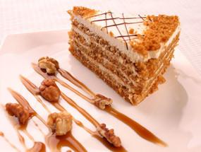 Пирожное медовое