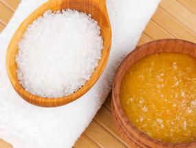 Соль и мед для обертываний