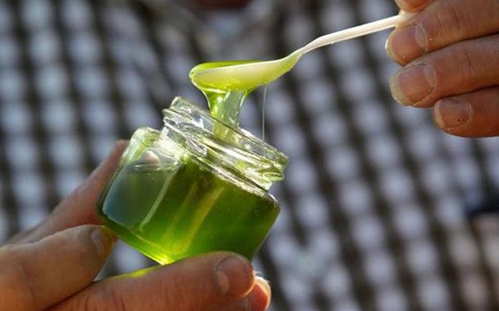 Зеленый цвет смеси
